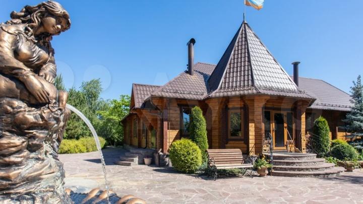 Под Уфой продают имение почти за 70 миллионов рублей. Владелец рассказал, почему отказывается от роскоши