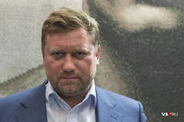 Сейчас экс-мэр Волгограда переносит коронавирус в добровольной изоляции от внешнего мира