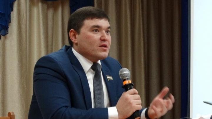 Несовершеннолетний сын депутата из Башкирии разбогател за год почти на 900 тысяч рублей