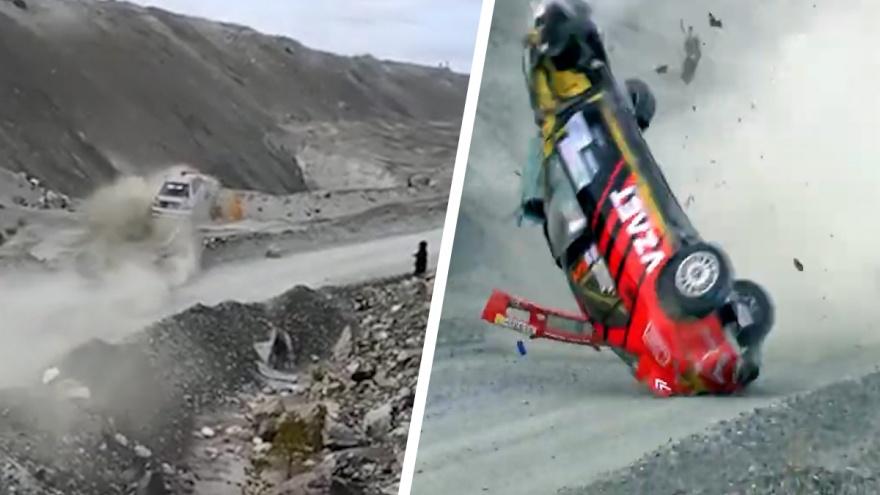 В Асбесте гоночное авто с десяток раз перевернулось и встало на крышу. Впечатляющее видео