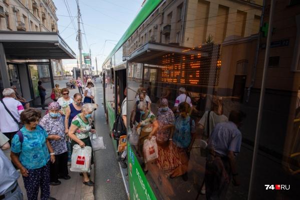 По двум контрактам в Челябинск должны поставить 150 новых автобусов