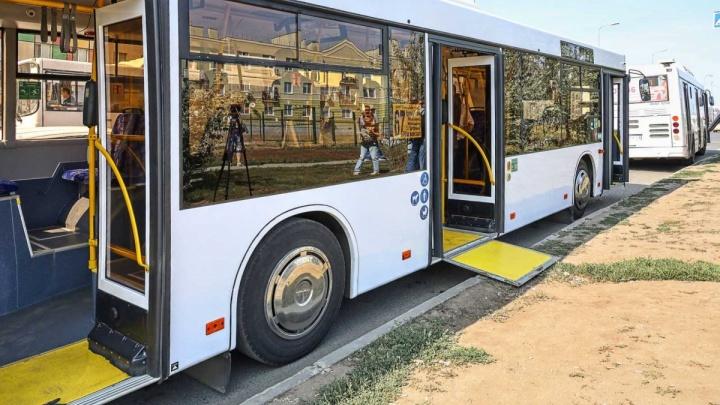 Были в употреблении? Появилась информация о прошлом автобусов, которые мэрия назвала «новыми»