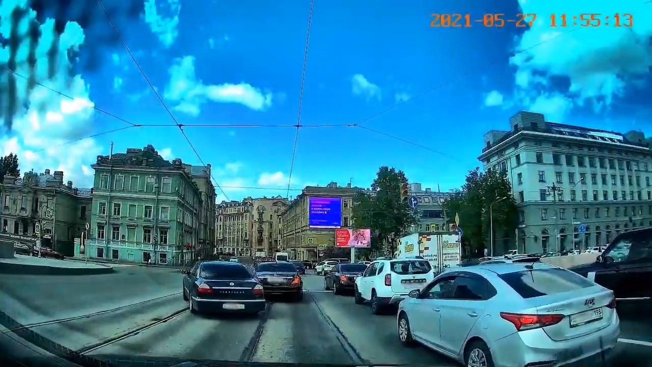 "Скриншот видео из группы <a href=""https://vk.com/wall-68471405_15144277"" class=""io-leave-page _"" target=""_blank"">«ДТП и ЧП   Санкт-Петербург»</a>"