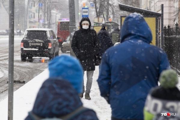 В новом году смерти от коронавируса регистрируют ежедневно