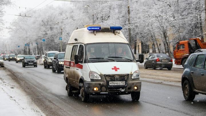 Мужчина напал на машину скорой помощи, которую сам же и вызвал