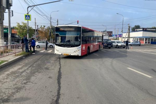 Авария произошла на пересечении Череповецкой и Ардатовской
