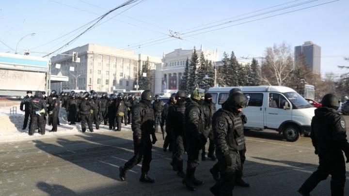 СМИ потребовали от силовиков прекратить мешать журналистам — в одном из инцидентов пострадала корреспондент НГС