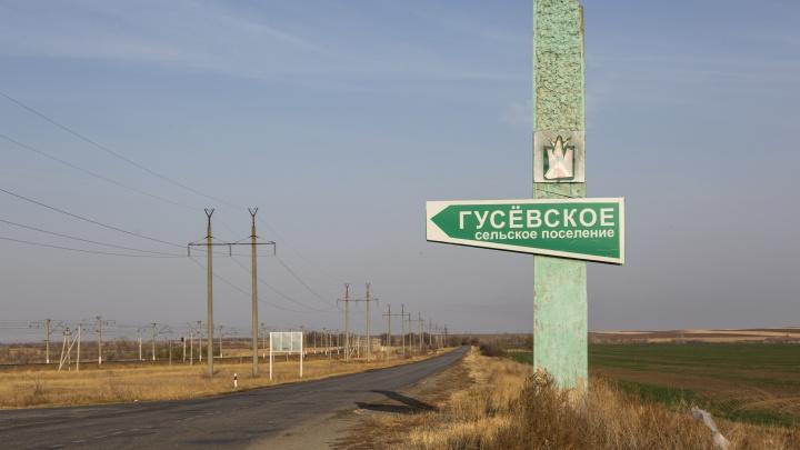 «Нас полностью отрезало от внешнего мира»: в Волгоградской области крупное село обесточило из-за грозы