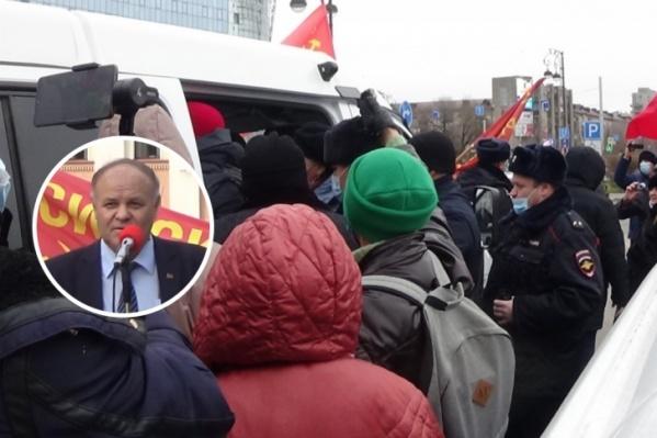 Празднование Октябрьской революции завершилось задержаниями коммунистов