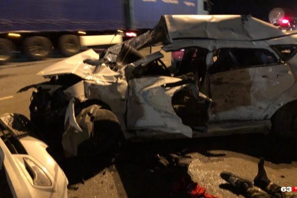 Hyundai от удара превратилась в груду металла