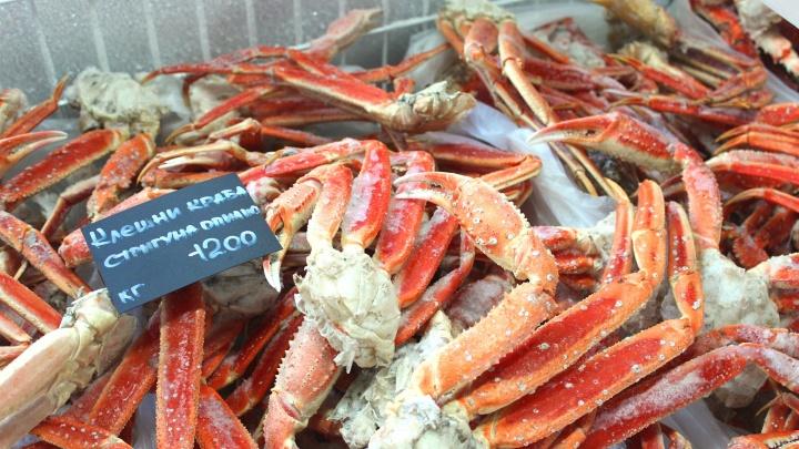 Держи клешню: на Красном проспекте открылся магазин дальневосточной сети морепродуктов
