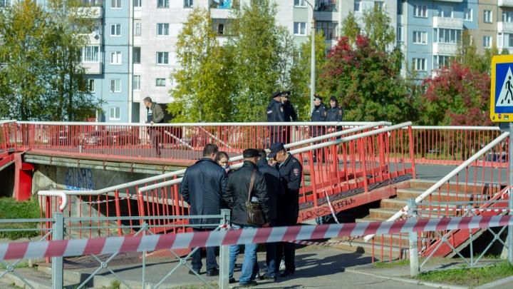 Много полиции и сигнальных лент: фоторепортаж 29.RU с места в Северодвинске, где убили подростка