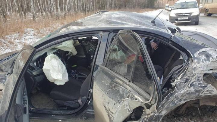 В утреннем ДТП под Тюменью погибла 25-летняя девушка— она ехала на работу в санаторий