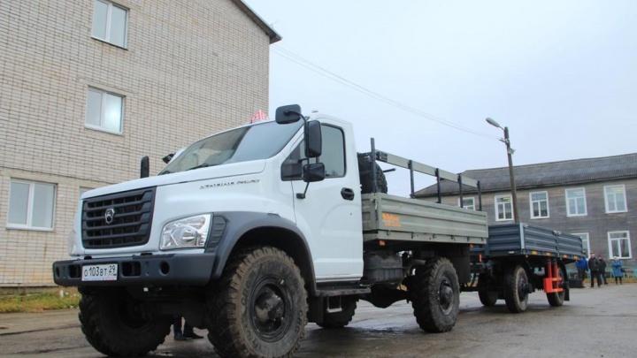 Новая машина поможет восполнить дефицит кадров: водителей лесовозов начнут обучать в Карпогорах