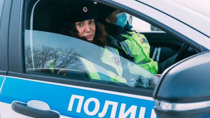 Единственная девушка-инспектор и самый старый автомобиль: пять историй NGS55.RU об омской ГИБДД
