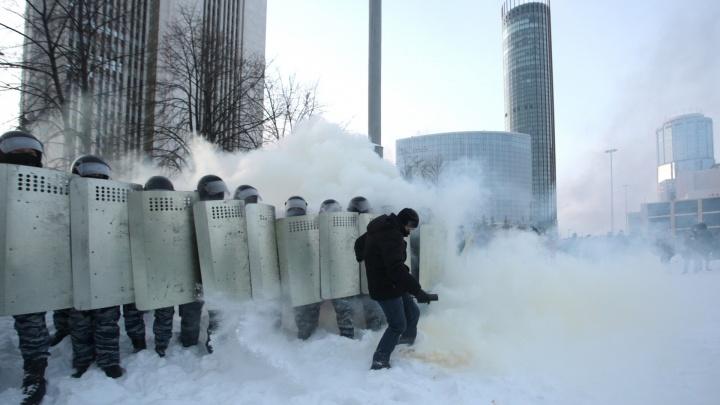 После урока, где школьников ХМАО учили разгонять митинги, полиция начала внутреннюю проверку