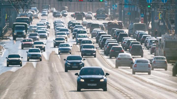 Стало известно, сколько автомобилей проезжает по Московскому шоссе в Самаре