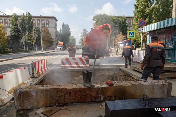 Часть улицы Советской перерыто и перекрыто из-за аварии на магистрали