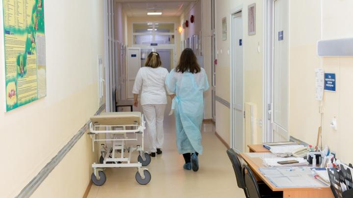 «Не портите жизнь, сдайте в детдом»: мама особенного ребенка из Самары — о «терроре» врачей