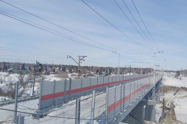 """Общая протяженность пролетов нового моста — <nobr class=""""_"""">227 метров</nobr>"""