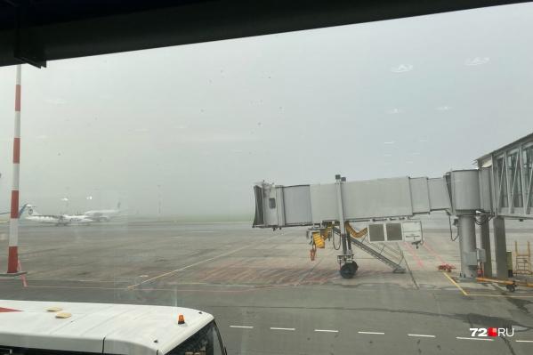 В Рощино этим утром из-за погоды было задержано много вылетов самолетов