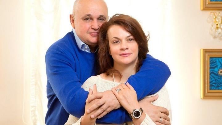 «Он болел в тяжелой форме»: супруга губернатора Кузбасса рассказала, как они переболели COVID-19