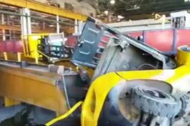 На заводе «НЕФАЗ» в Башкирии насмерть разбился рабочий, есть видео с места ЧП