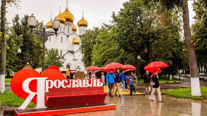 «Максимально чиновничий разговор»: депутаты отчитали мэрию за безделье в туристической сфере
