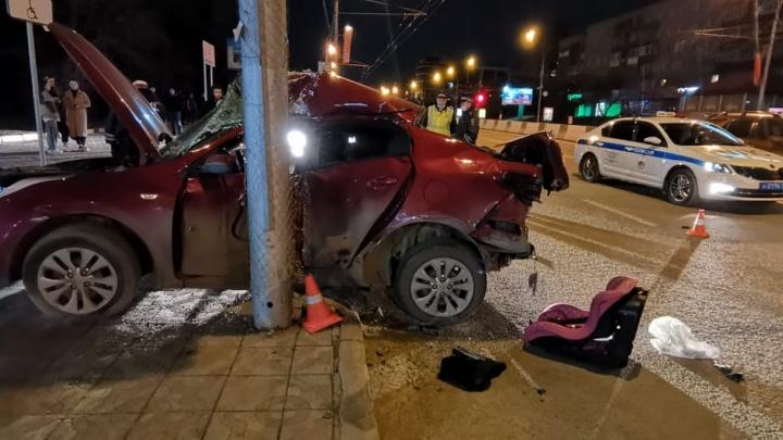 """«""""Камри"""" уходила от столкновения»: что известно о смертельной аварии на Красном проспекте"""