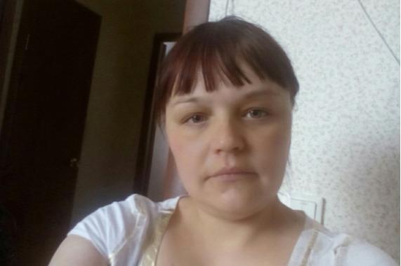 «Она всегда брала трубку»: в Ярославле ушла на работу и пропала молодая женщина