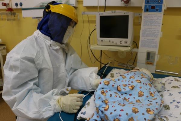 Ребенка госпитализировали вместе с мамой