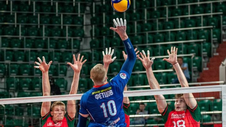 ВК «Локомотив» разгромил красноярский «Енисей» в первом матче сезона — 10 фото, как это было
