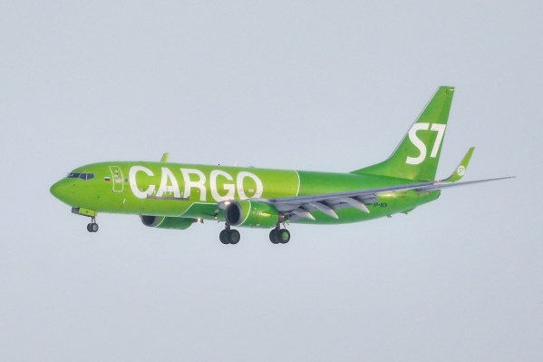 """Грузоподъемность полученного Boeing <nobr class=""""_"""">737–800BCF</nobr> составляет 21 тонну, дальность полета&nbsp;— до&nbsp;3750&nbsp;км"""