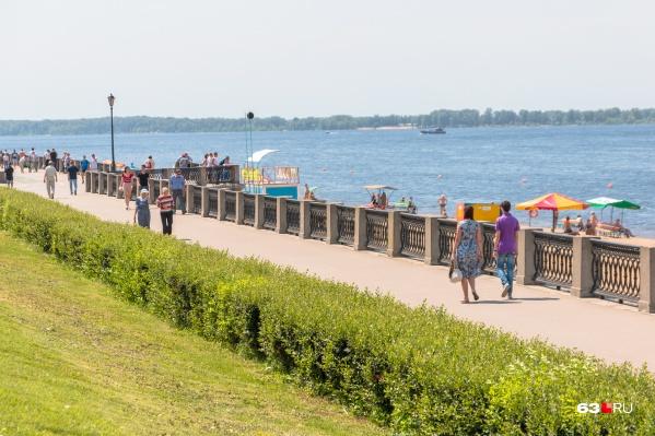 Неспешная прогулка на набережной — неплохой вариант для последних летних выходных-2021
