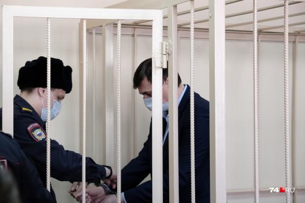 """Олег Извеков будет в СИЗО минимум до <nobr class=""""_"""">17 апреля</nobr>"""