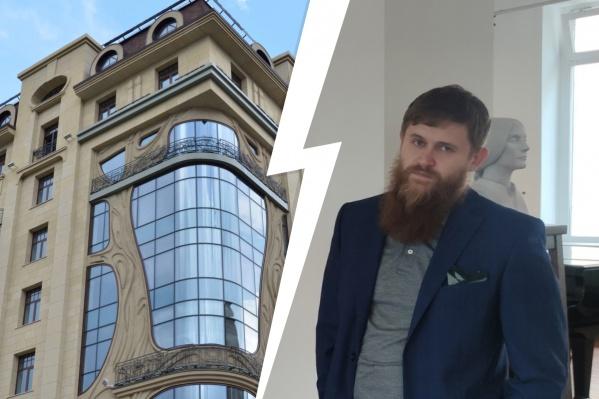 Сотрудники отеля открыли номер Игоря Самарина своим ключом