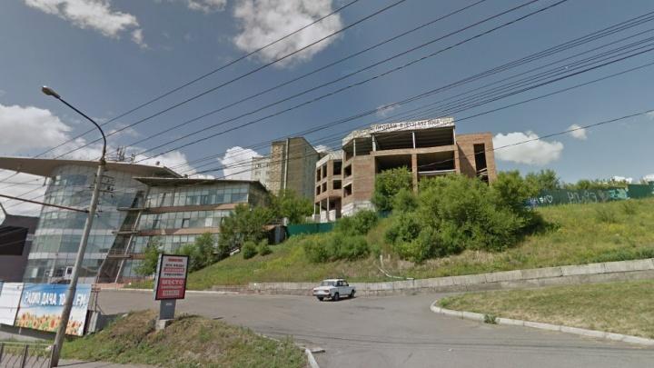 Недострой на Белинского отошел за 35 миллионов владельцу офисного центра в Красноярске
