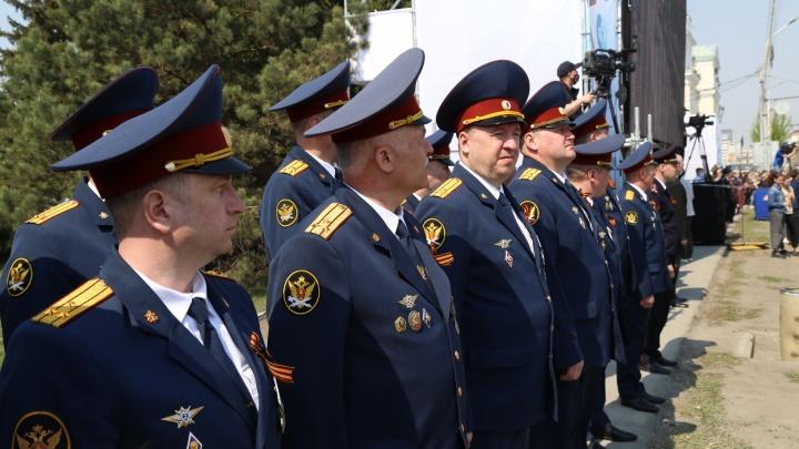 Начальники омских колоний заработали до 1,8 миллиона рублей за год