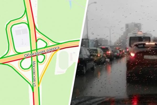 Сервис «Яндекс.Карты» показал бордовую линию на Объездной дороге: движение максимально затруднено