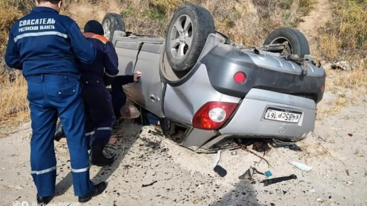 На берегу Таганрогского залива нашли перевернутый автомобиль с телом обменщика валюты