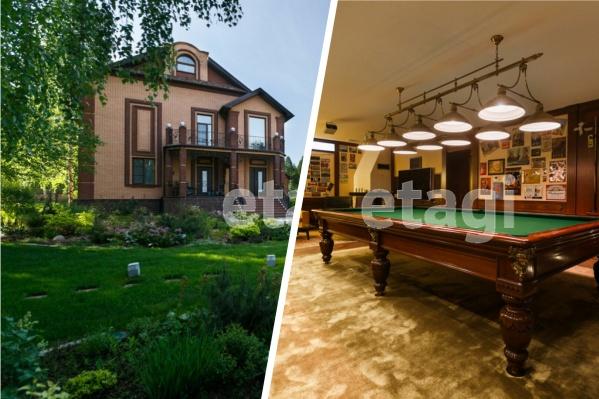 """Основной дом не отличается большими размерами, однако размер участка действительно впечатляет — <nobr class=""""_"""">69 соток</nobr>"""