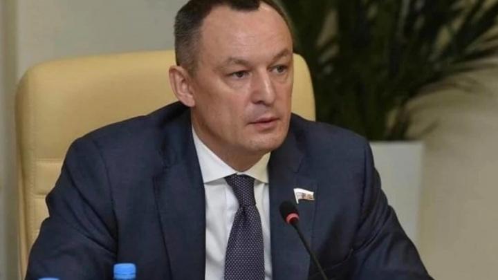 СК возбудил уголовное дело против экс-депутата Госдумы от Прикамья о применении насилия к полицейским