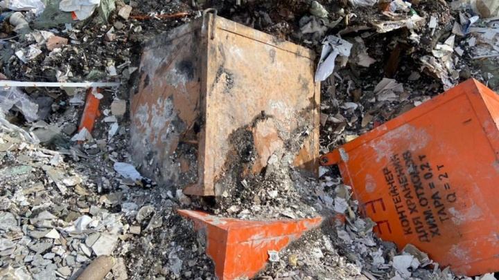 Завершена проверка найденных на Кузнецовском плато контейнеров. В них обнаружили опасные отходы