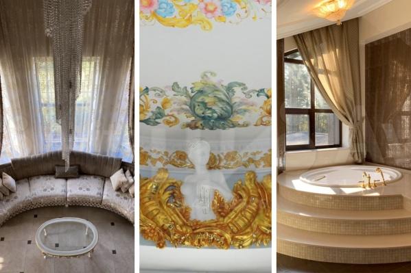 Маст-хэв богатого дома: много золота, длинная люстра и обязательно — окно в ванной