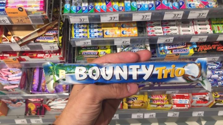 Вслед за «Дошираком» ожидаются перебои с поставками батончиков Bounty в Красноярске