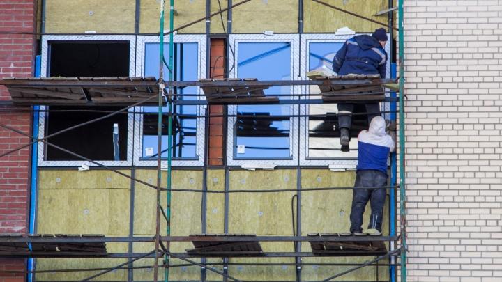 Жителя Архангельска обвинили в незаконной регистрации 600мигрантов. Среди них — африканцы и индийцы