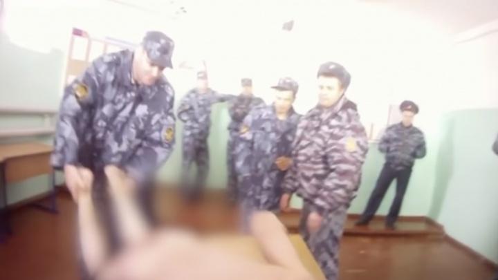 «Давай посильнее»: после пыток в ярославской колонии ИК-1 умер человек. Избиение попало на видео
