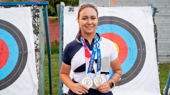 Лучница из Таганрога целилась в олимпийское золото, но вернулась с серебром. Что она будет делать дальше?