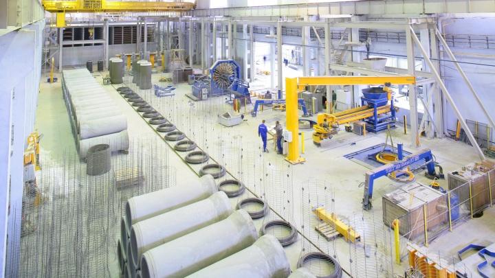 Этой плиткой вымощен весь центр Екатеринбурга: завод компании «Атомстройкомплекс» отметил 15-летие