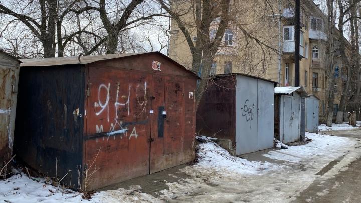 В Волгограде в гараже нашли двух мертвых подростков
